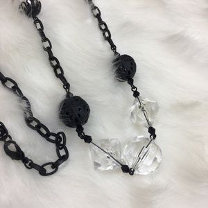 Jewelry - Black matte faux pearl vintage inspired necklace